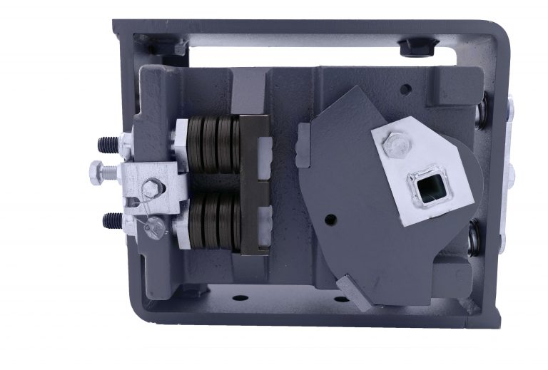 Grundkörper der BF2D-2 montiert im Aussengehäuse, EN81-20/50, ab- und aufwärts wirkend